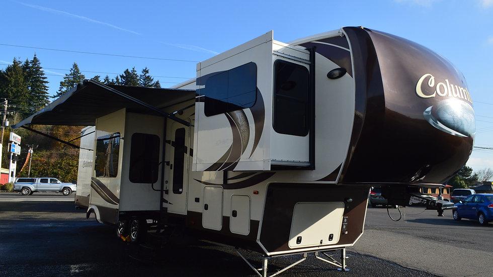 2016 Columbus 381FL 42ft. 5th Wheel 5 Slides (PRESS CLICK FOR VIRTUAL TOUR)