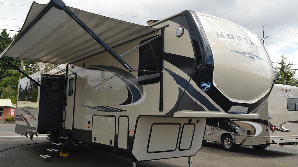 2018 Montana 330RL 37ft. 5th Wheel 3 Slides