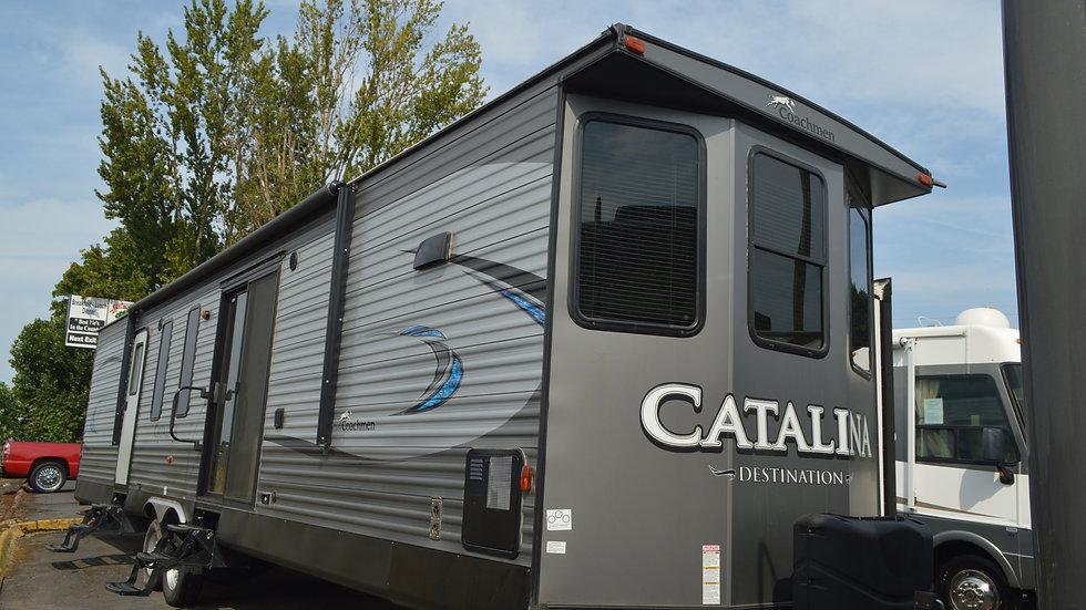 2019 Coachmen CATALINA 39FKTS 40' Travel Trailer  3 Slides