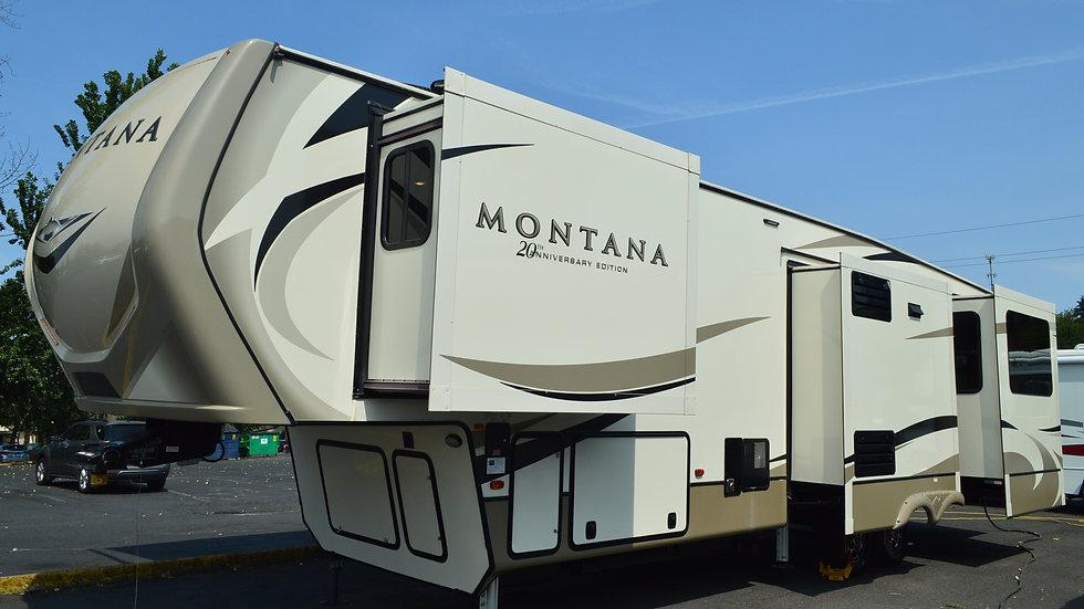 2019 Montana 3560RL 38ft. 5th wheel 5 Slides