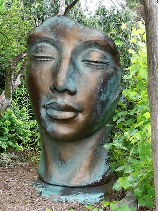 Gesicht Frau; gross; Platte; Farbe Bronze Effekt; 8081BR; 8081; Vidroflor; Steinguss