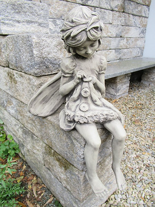 Flower Fairy Rainfarn; Steinguss; Vidroflor; Mutterkraut; Elfe; Nelke; Blumenfee; Blumenelfe; 8029; Galarosa; Gartenfigur