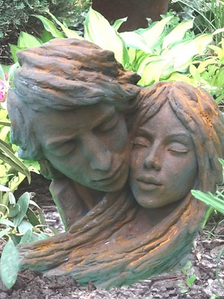 8083EO; Vidroflor; Gesichterpaar; Steinguss; Edition Oxid; Köpfe; männlich und weiblich; Galarosa; Gartenfigur; Skulpturen