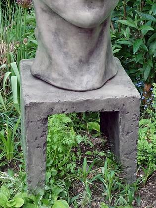 Säule; kleines Gesicht Frau; 116510; Vidroflor; Steinguss; Antik