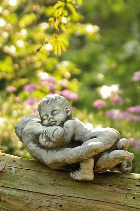 Baby in Hand; Nima; Vidroflor; Steinguss; 114721; zur Geburt; Geschenk; Figur