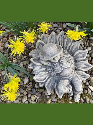 Spösslinge; Sonnenblume; Vidroflor; Steinguss; Patina; Farbe Antik; Galarosa; Blumenfee; Blumenelf; Gartenfigur; Steindeko