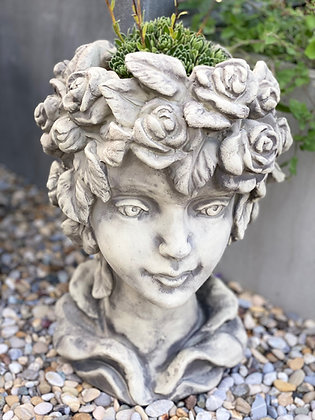 Galarosa; Zauberblume; Pflanzkopf; Rose; Steinguss; Betonguss; besonderes Pflanzgefäß für den Garten; Gartendeko; Blütentopf
