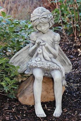 Flower Fairy, Fairies; Rainfarn; Blumenfee; Vidroflor; 8029; Steinguss; antik; Nelke; Fee auf Stein; Elfe auf Stein