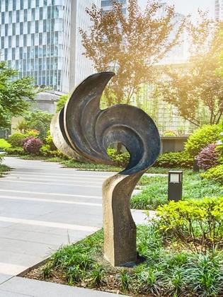 Gartenkunst Nijinsky; Fiona Scott; Vidroflor; Steinguss; antik; grün; 210101; Skulptur; Gartenfigur; Galarosa; Besonderes