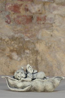 Gartenfigur; Däumelinchen; Gebrüder Grimm; Steinguss; Vidroflor; Galarosa; 114271; Skulptur; Märchenhaft; Gartendeko