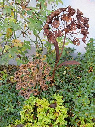 Metallblume; Rostblume; Amelie; Belle; Set; Vidroflor; 68001; 68002; zum Stecken; Gartendeko; Rostdeko Garten; Topf