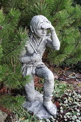 Waldbewohner; Jasper; Kasper; jagend; Steinguss; Vidroflor; 114504; Gartenfigur; Waldelf; Waldfigur; Galarosa; Skulptur