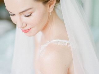 What is a Bridal Boudoir Photo Session?