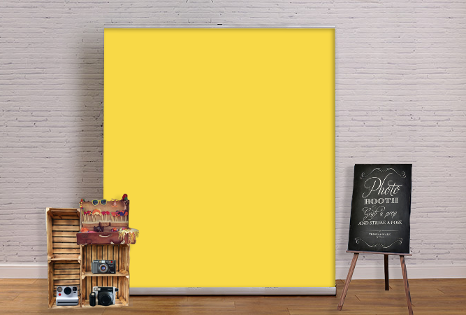 Photobooth mockup yellow.png