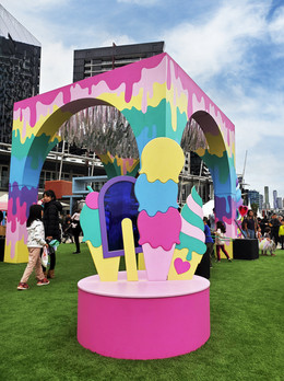 Dripping and Shimmering Rainbow Pavilion