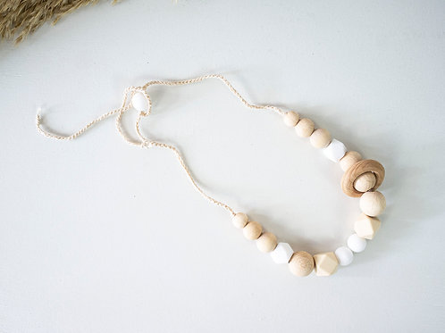 Teething Necklace: Snow and Pink