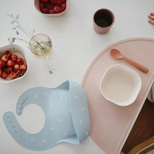 BIBS AND PLACEMATS