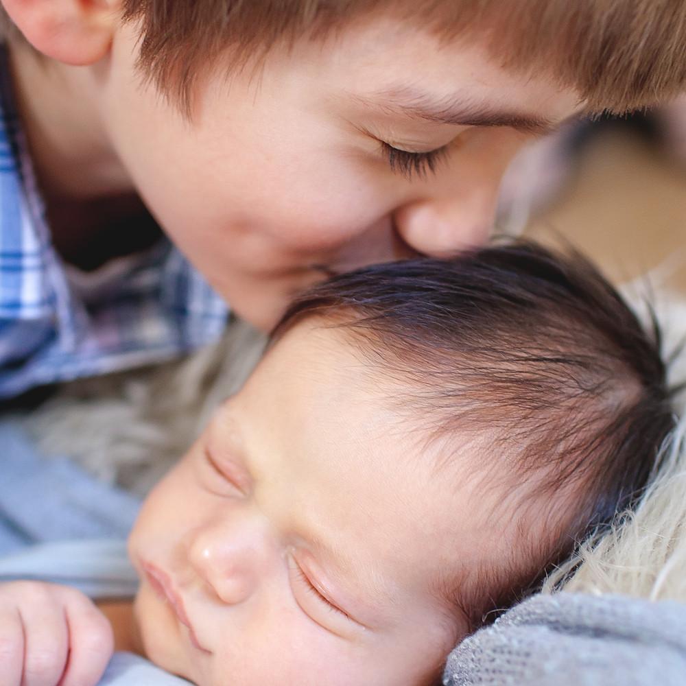 Newborn Jasper Sneak Peeks