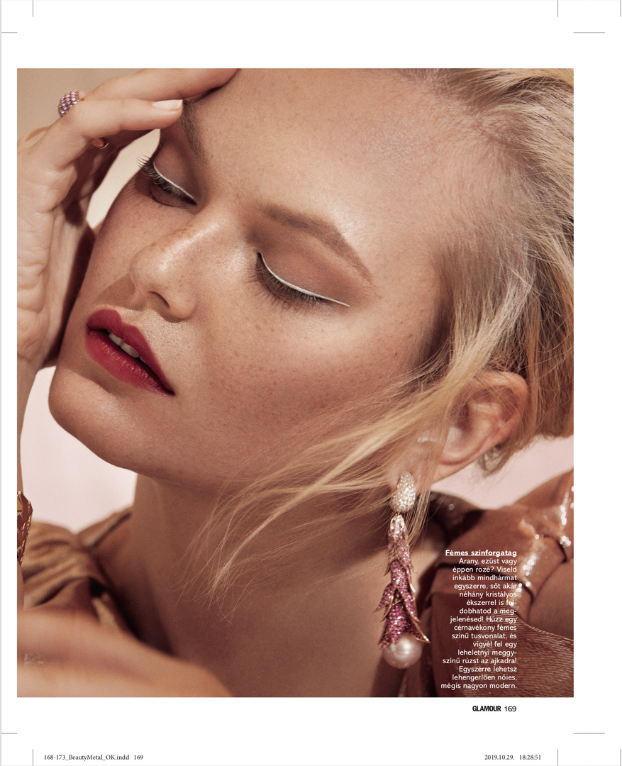 Glamour Hungary October 2019