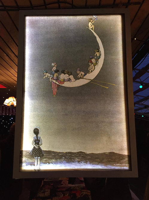The Moon's First Voyage - Frame and light