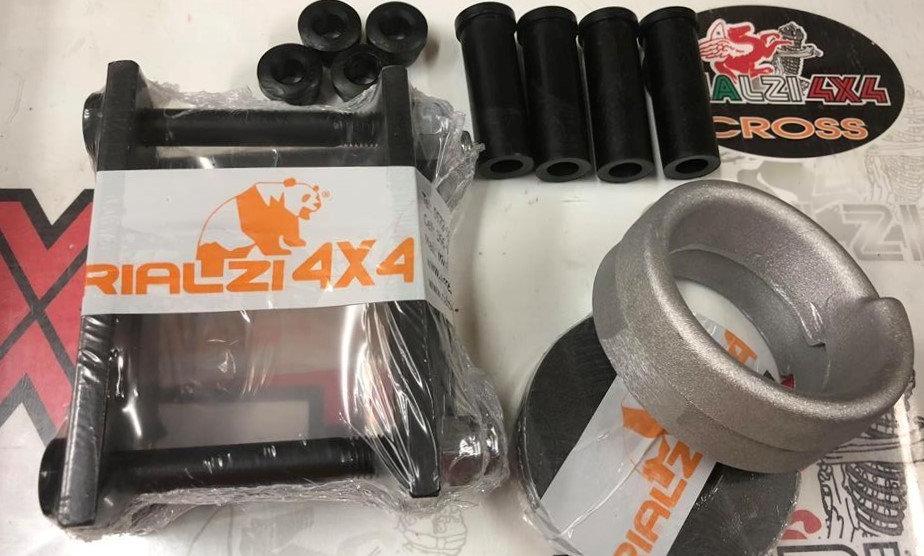 Kit a spessori a staffe panda 4x4 prima serie dal 1980 a 2003 altezza 4,4 cm