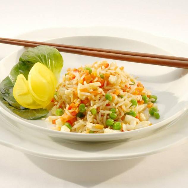 Gebratener Reis mit frischem Gemüse.jpg