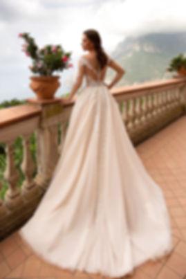 Hochzeitskleid_LEO_AZ.jpg