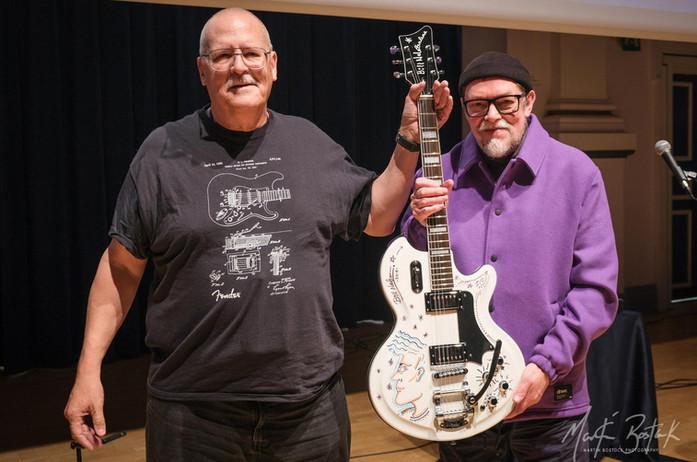 Dave (Guitar Winner) & Bill
