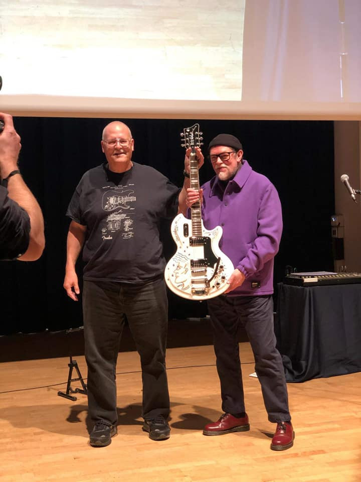 Guitar Winner Dave & Bill