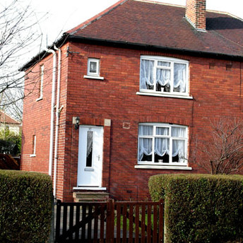 37 Woodhouse Lane
