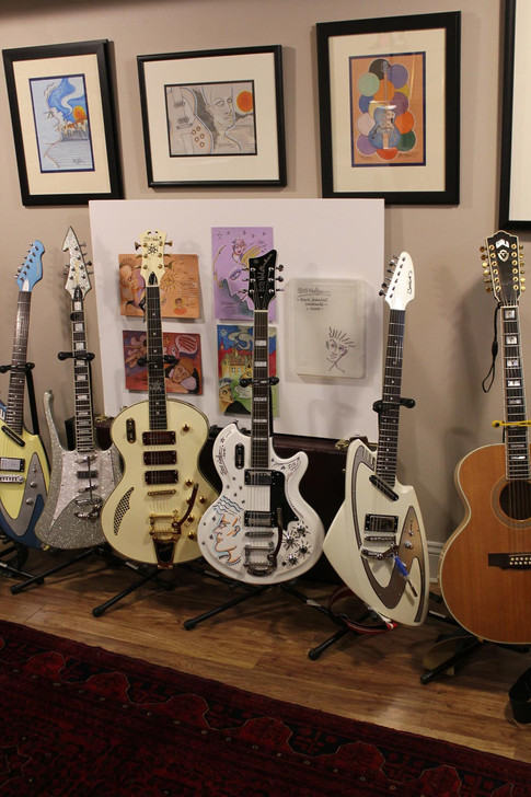 Acloser look at the Prize Draw guitar and the Astroluxe Custom