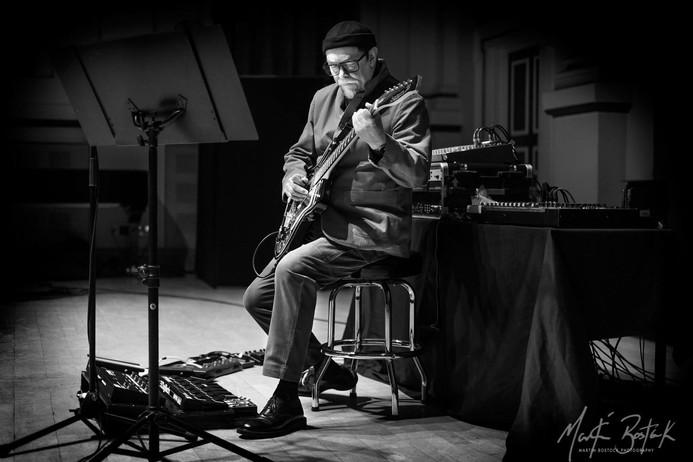 Bill Nelson Solo Performance