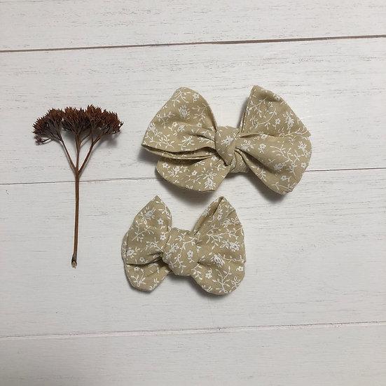 Petites fleurs beige