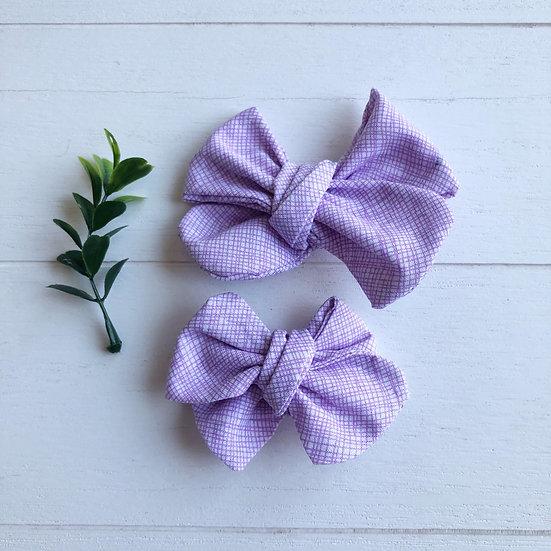 Boucles lilas lignées