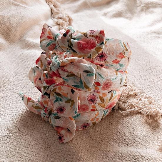 serres-tête fleurs printanier