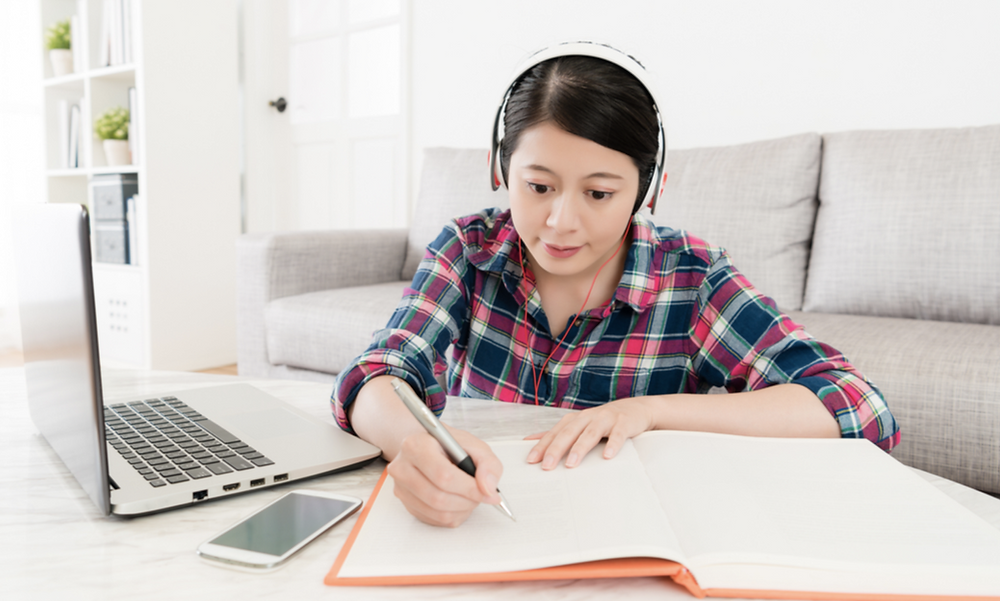 Online learning through live session