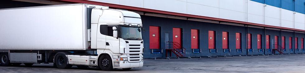 Camiones y Almacén