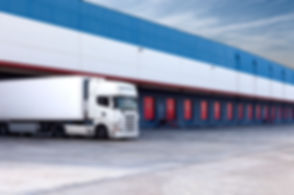 Ciężarówka i magazynowe