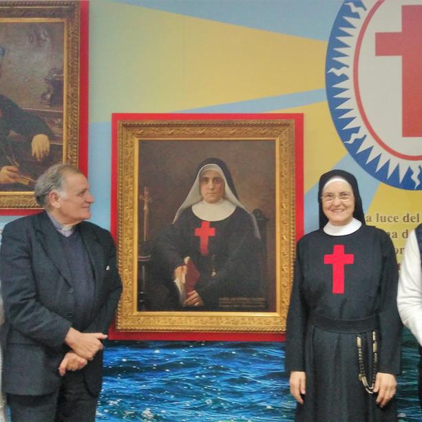 Postulatrice Sr. Bernadete Rossoni, Mons. Corradini, Madre Zelia e dott. Pietro La Rosa