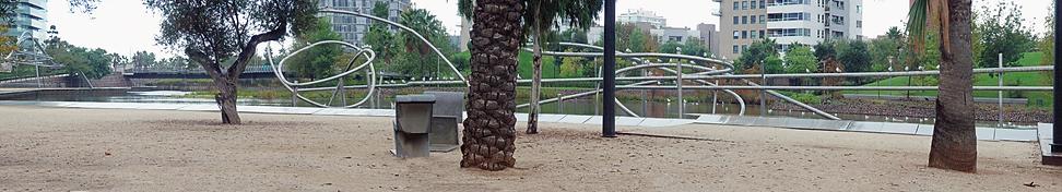 081025 Barcelona Parc De Diagonal Mar.pn