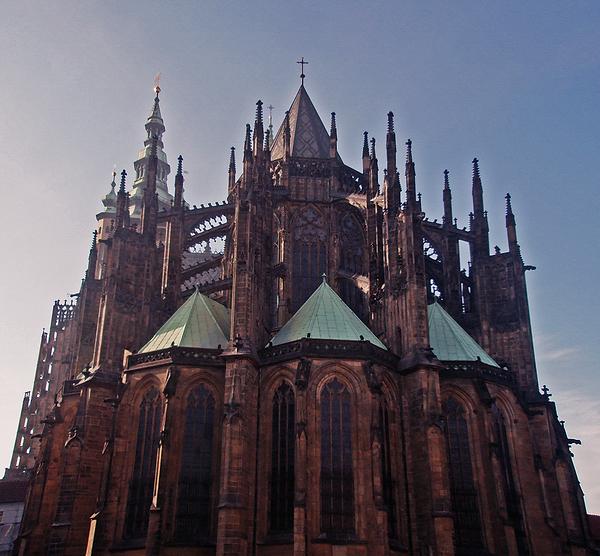 081031 Prague St. Vitus Cathedral 03.png
