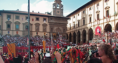 080908 Arezzo Piazza Grande Joust 02.png