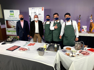 Los futuros chefs extremeños se sumergen en la cultura del Jamón Ibérico: exclusiva MasterClass