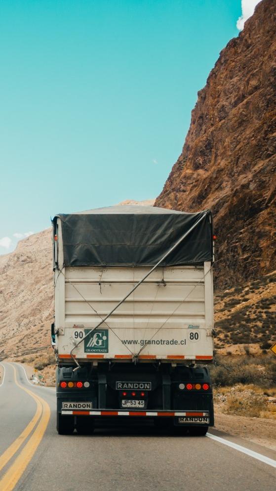 Autoencarpado camiones Carga