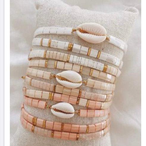 Bracelets kara beige/ rosé cauri