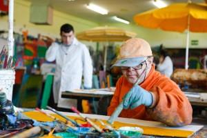 Atades Huesca inaugurará una exposición permanente de arte en su sede central