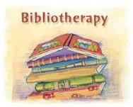Bibliothérapie: est-elle vraiment une thérapie ou bien une activité psycho-didactique (self-help boo