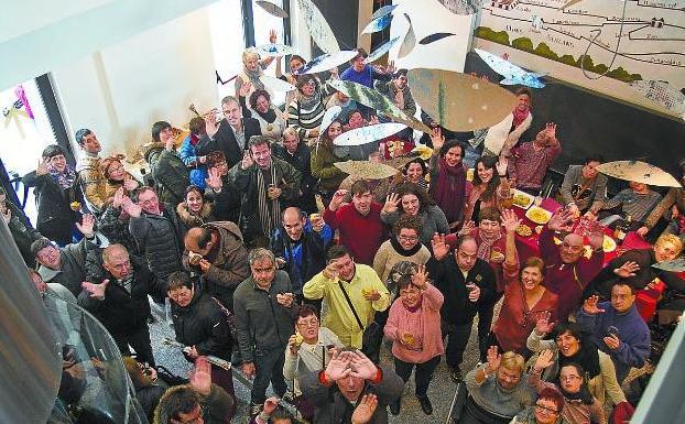 Un mar de artistas en el Museo Oiasso