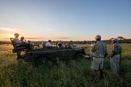 Pungwe Bush Camp sundowners.jpg