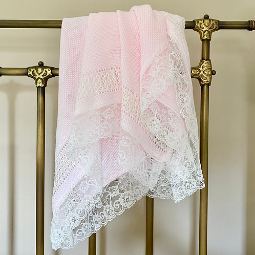 Lace edged Blanket in Pink